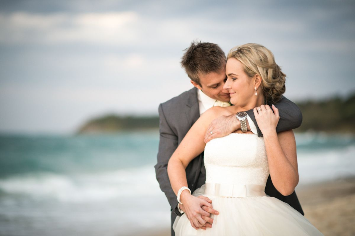 bride and groom photos on Home Beach, Stradbroke Island