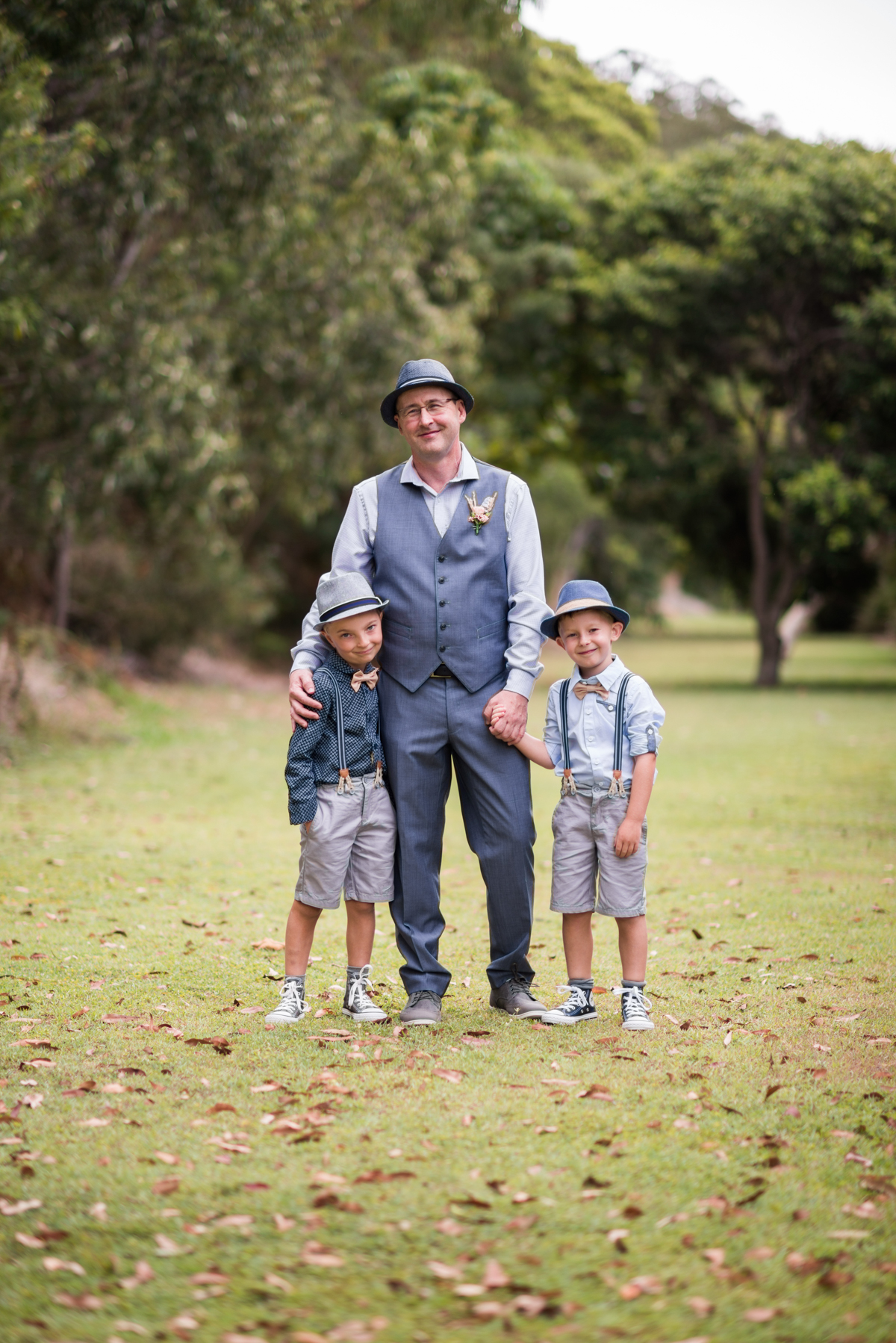 groom and his pageboys