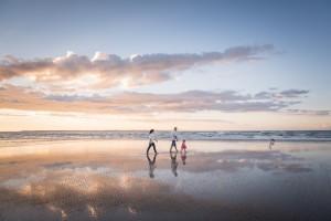 Stradbroke Island Photographer family portrait
