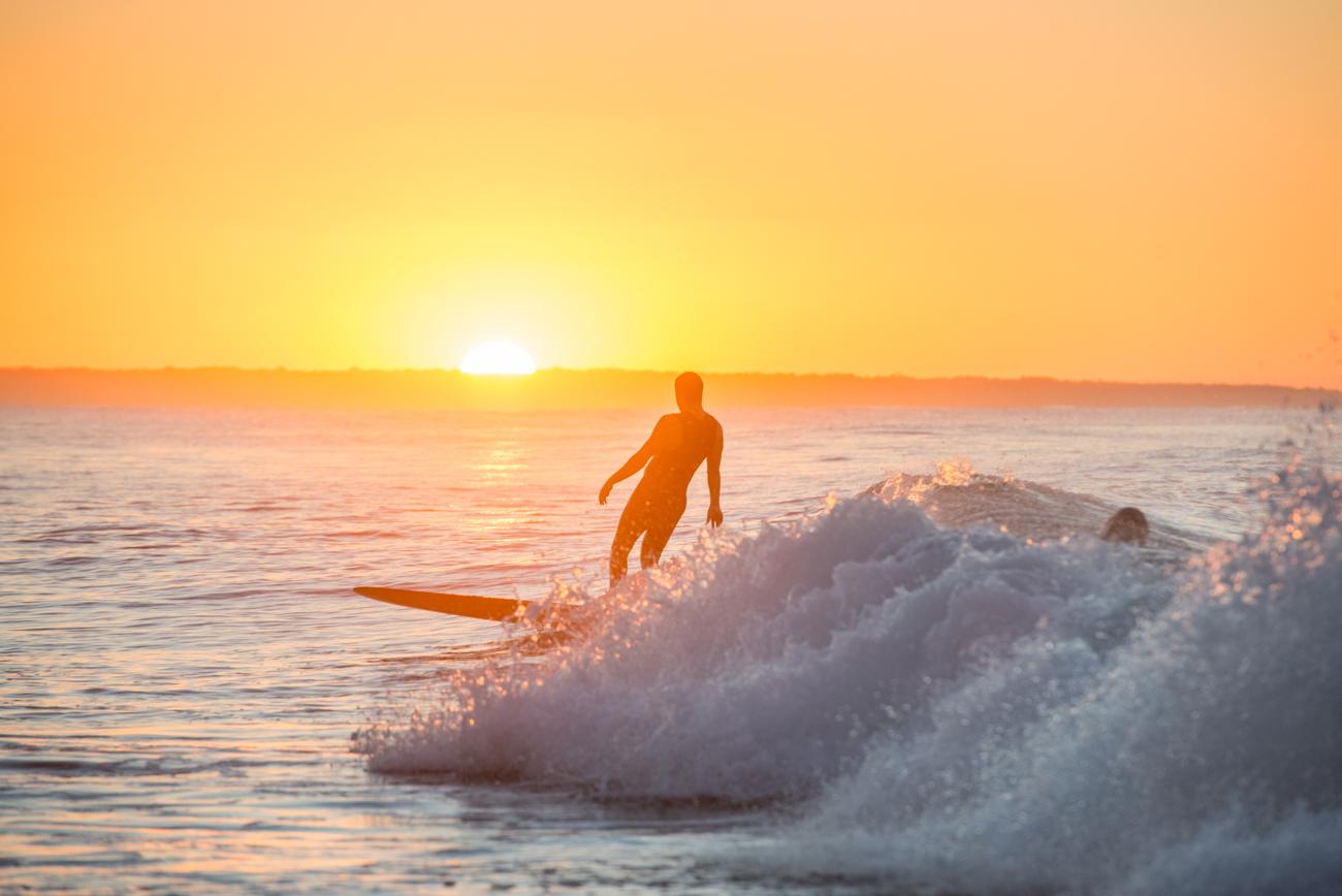 adder rock surfing photographer