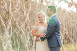 Haylee and Brycen   destination wedding  straddie   wedding photographer
